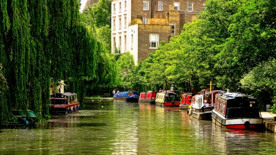 A view along Regent's Canal, somewhere between Camden Lock and Regent's Park.