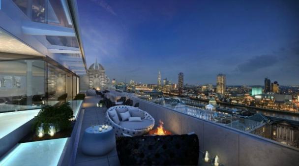 Radio-Rooftop-Cocktail-Bar-Embankment-optimised