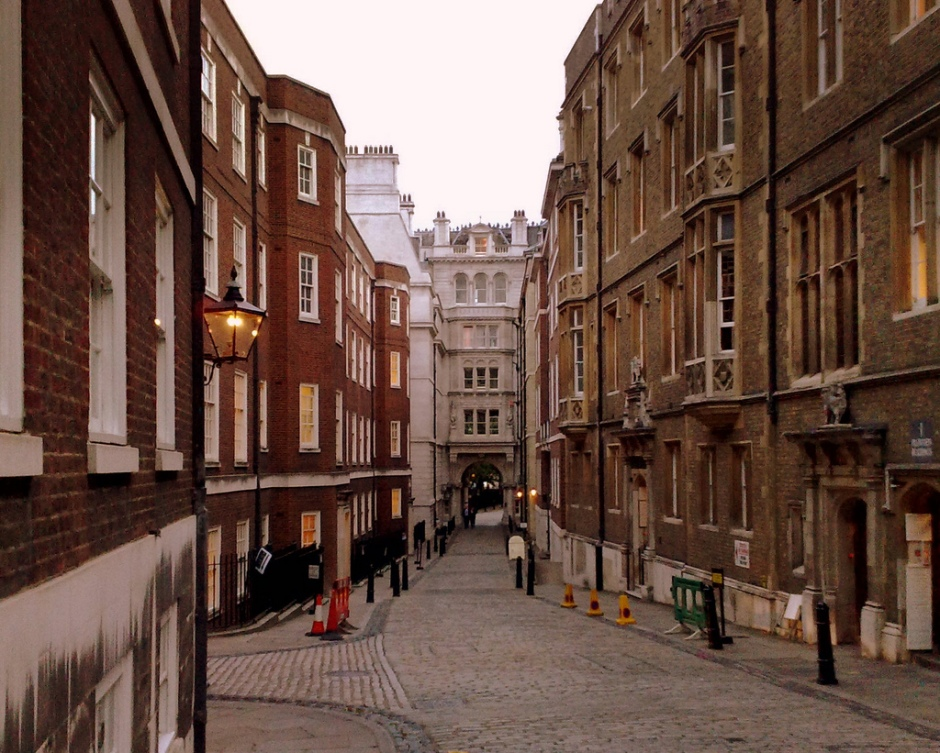Middle_Temple_Lane.jpg